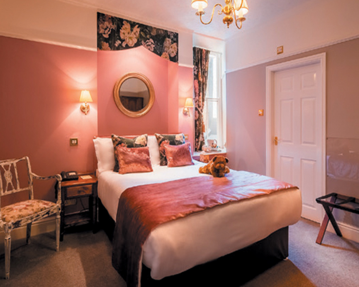 Old Hall Hotel bedroom