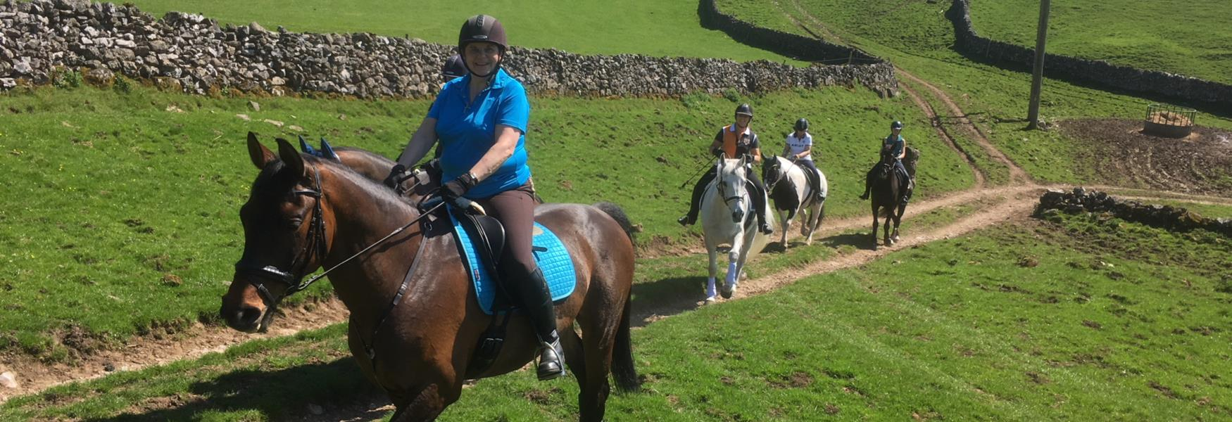 Horse Riding in the Peak District & Derbyshire - Official Guide