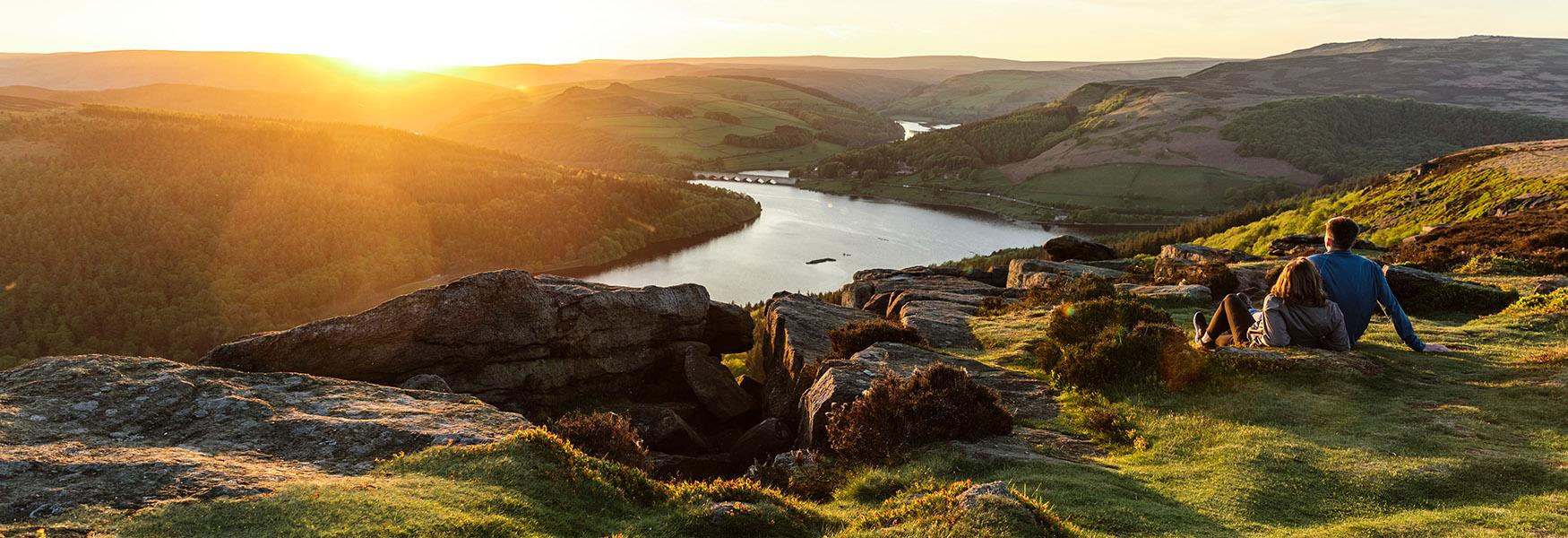 Peak District and Derbyshire Beauty Spots - Official Tourist