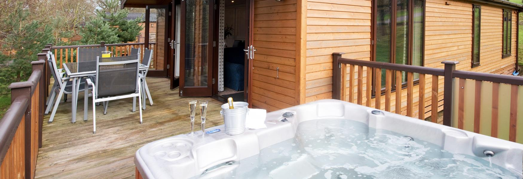 Accommodation with Hot Tubs - Visit Peak District