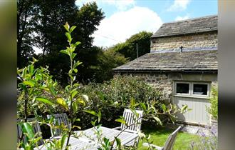 Bakewell Hotels & B&B's - Bakewell Camping & Cottages