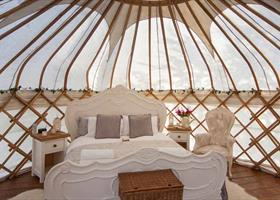 Give Glamping a go!|Secret Cloud Holidays