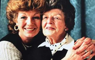Rula Lenska: From Dzikow to Willesden Green