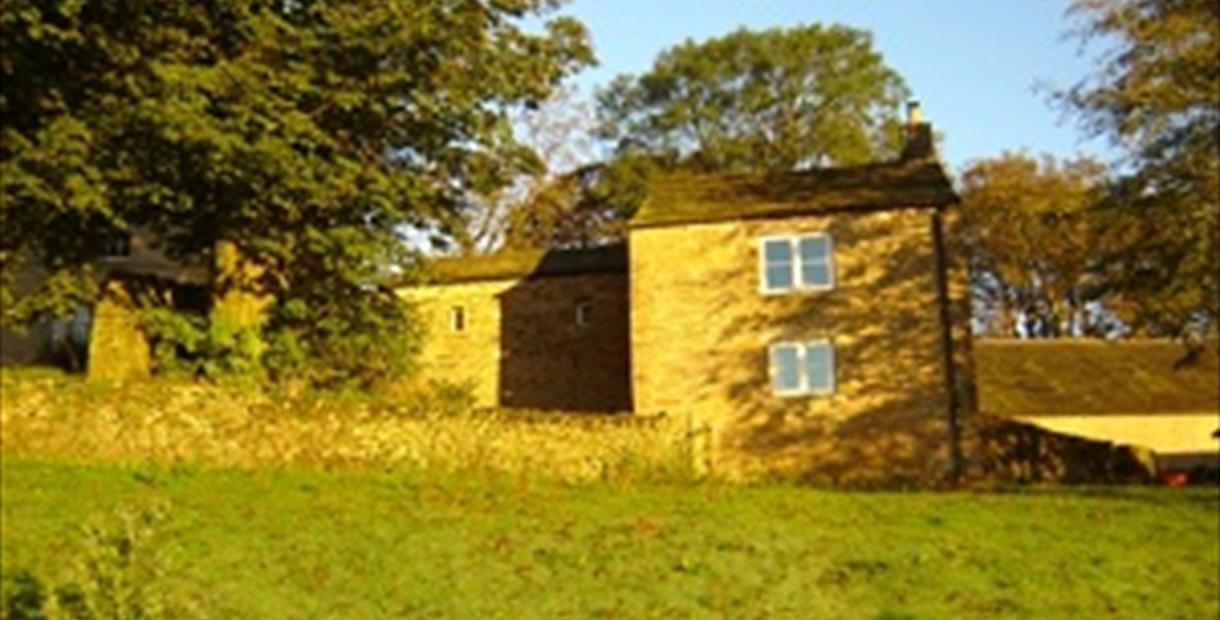 Rushop Hall Cottages -Top Tack Cottage