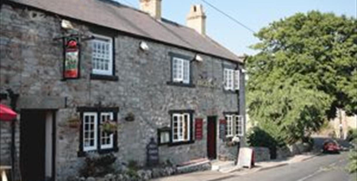 Little Longstone-Packhorse Inn