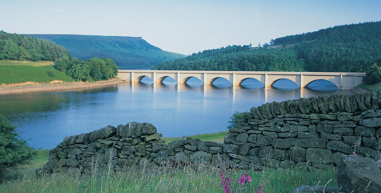 The Kinder Loop - Ladybower Reservoir to Trans-Pennine Trail, Millhouse Green