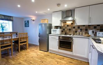 High quality kitchen and bathrooms at Rakes Cottage