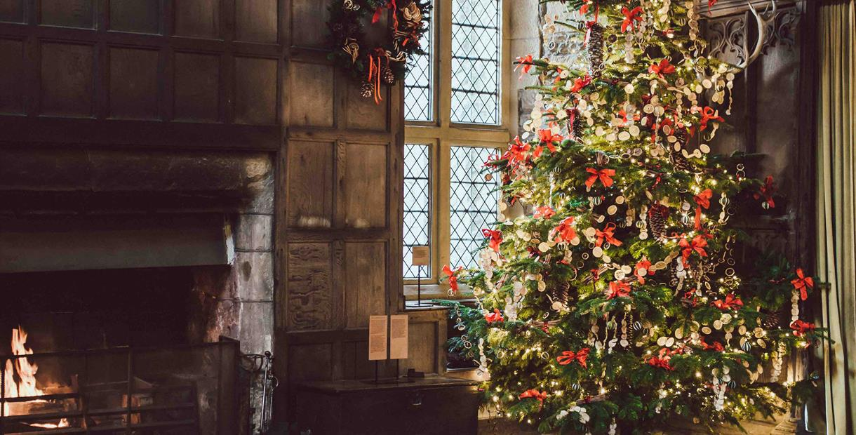 Christmas Candlelight Tours at Haddon Hall