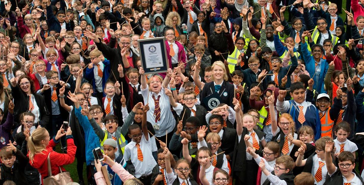 Largest gathering of people dressed as Harry Potter - Guinness World Record Attempt