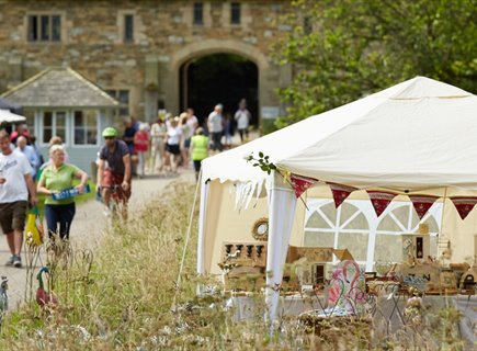 This summer, Haddon Hall will host its wonderful Mercatum summer market over two weekends in its magnificent organic private parkland, with the first