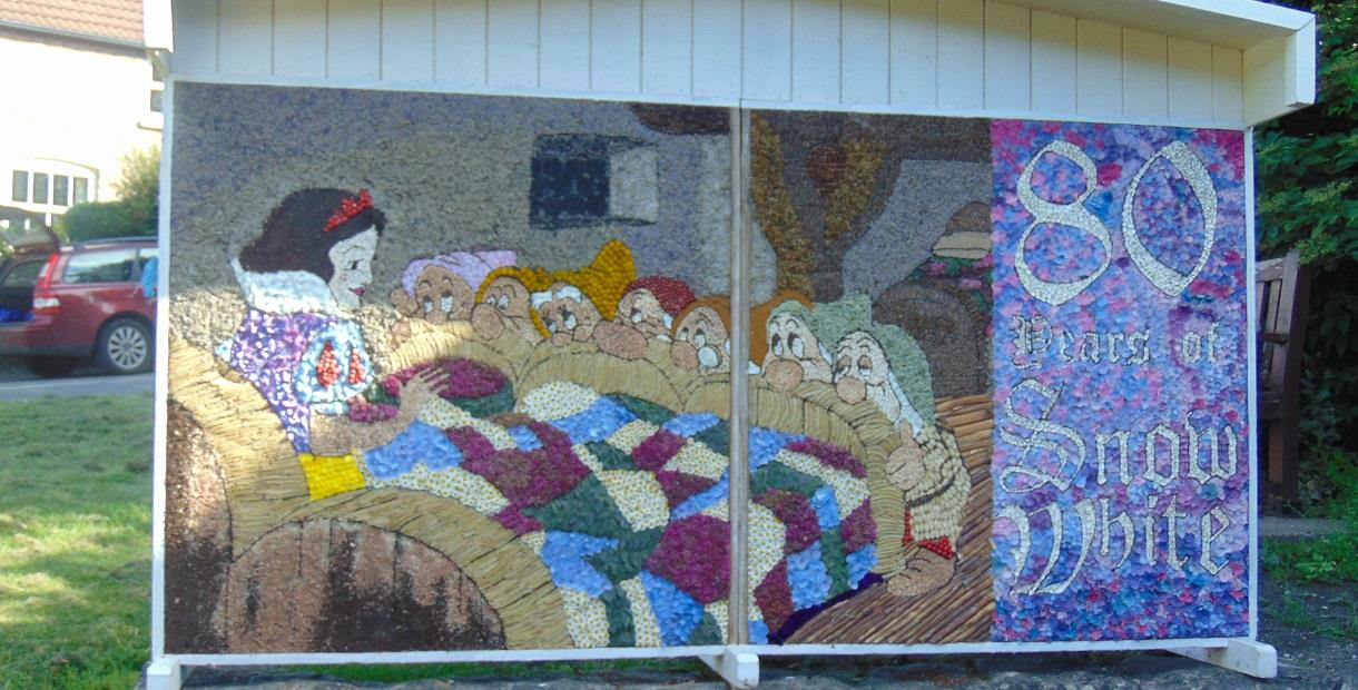 Whitwell Well Dressing on The Green